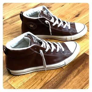 Chuck Taylor All Star High Street Leather Sneaker